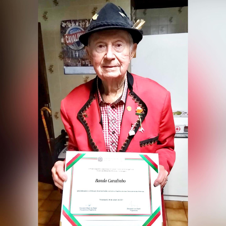 Homenagem: Sr. Rikobert Doring fundador da Banda Cavalinho recebeu homenagem