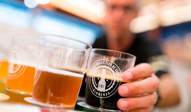 Concurso Brasileiro da Cerveja de Blumenau chega à 10ª edição com mais jurados e nova parceria