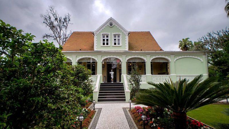 Casa histórica do bairro Itoupava Seca abriga nova opção de gastronomia germânica em Blumenau